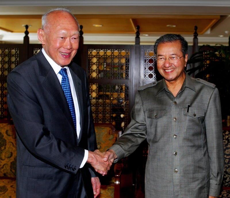 LKY and Mahathir.jpg
