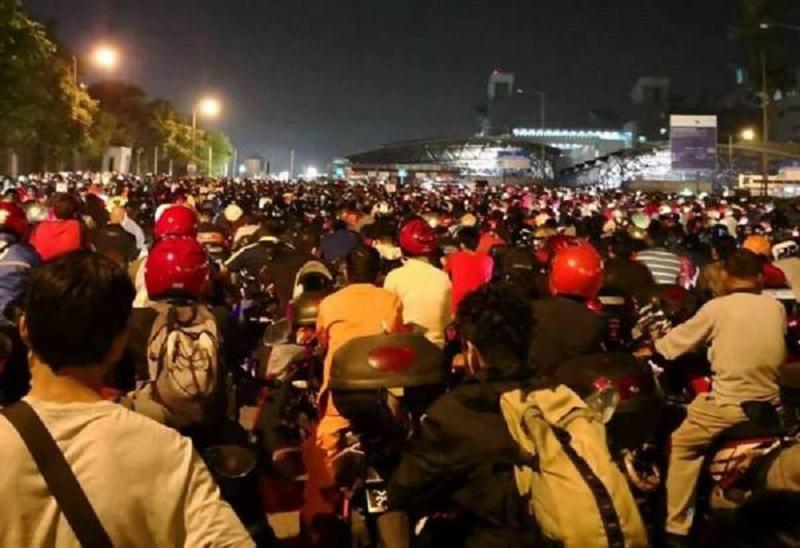 Motobikes at causeway.jpg