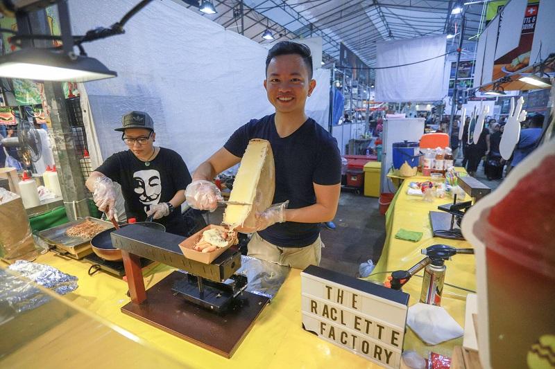 20180604-Geylang Serai Bazaar-stall_cheese.jpg