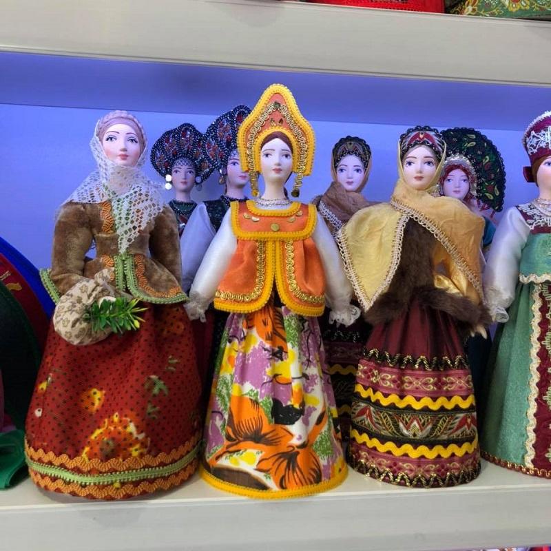 moscow dolls.jpg