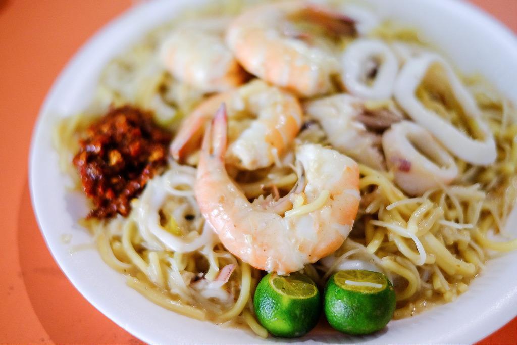 Tiong Bahru Yi Sheng Fried Hokkien Prawn Mee.jpg