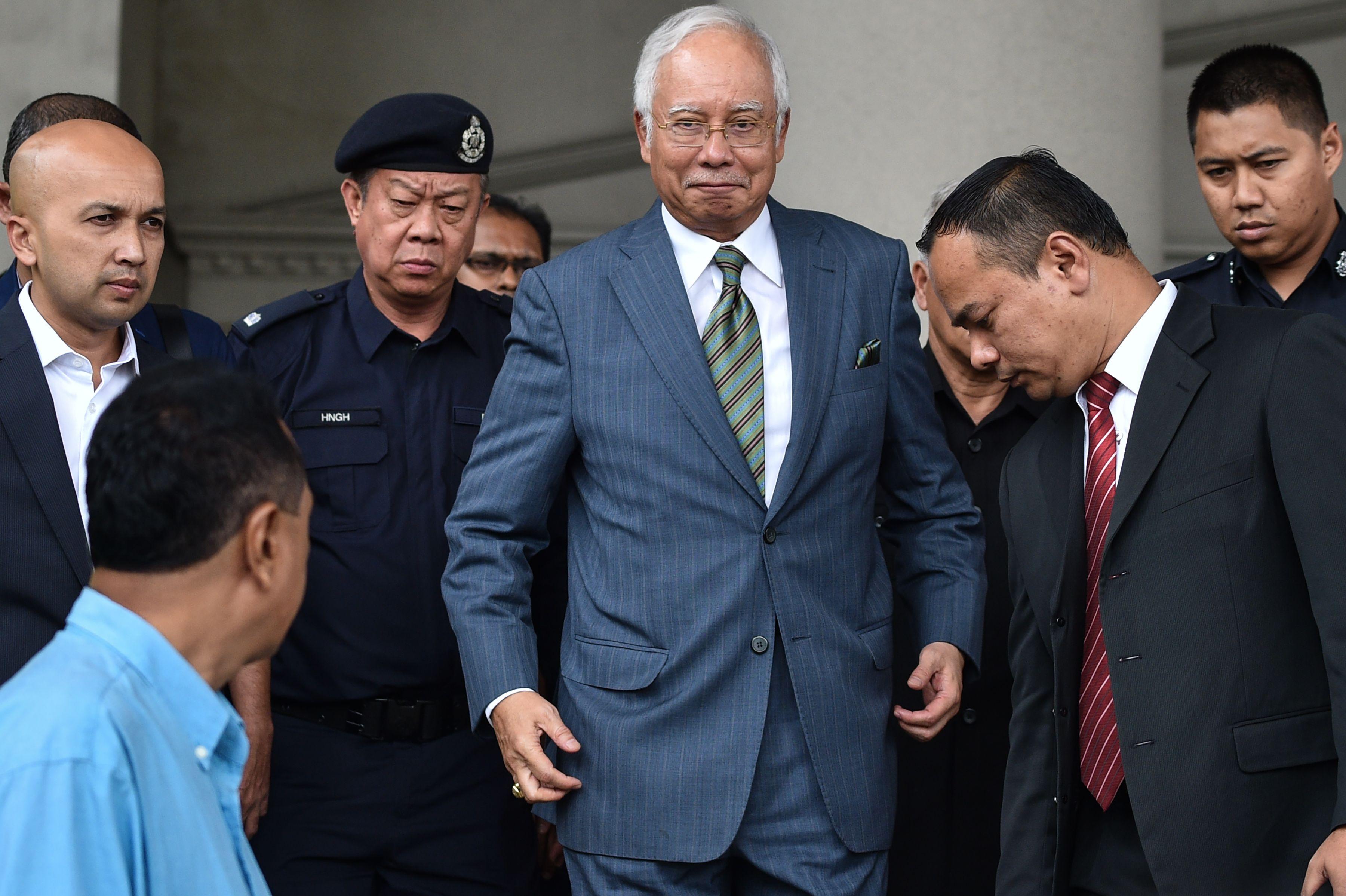 MALAYSIA-POLITICS-CORRUPTION-052543.jpg