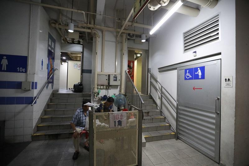 hawker centre toilets.jpg