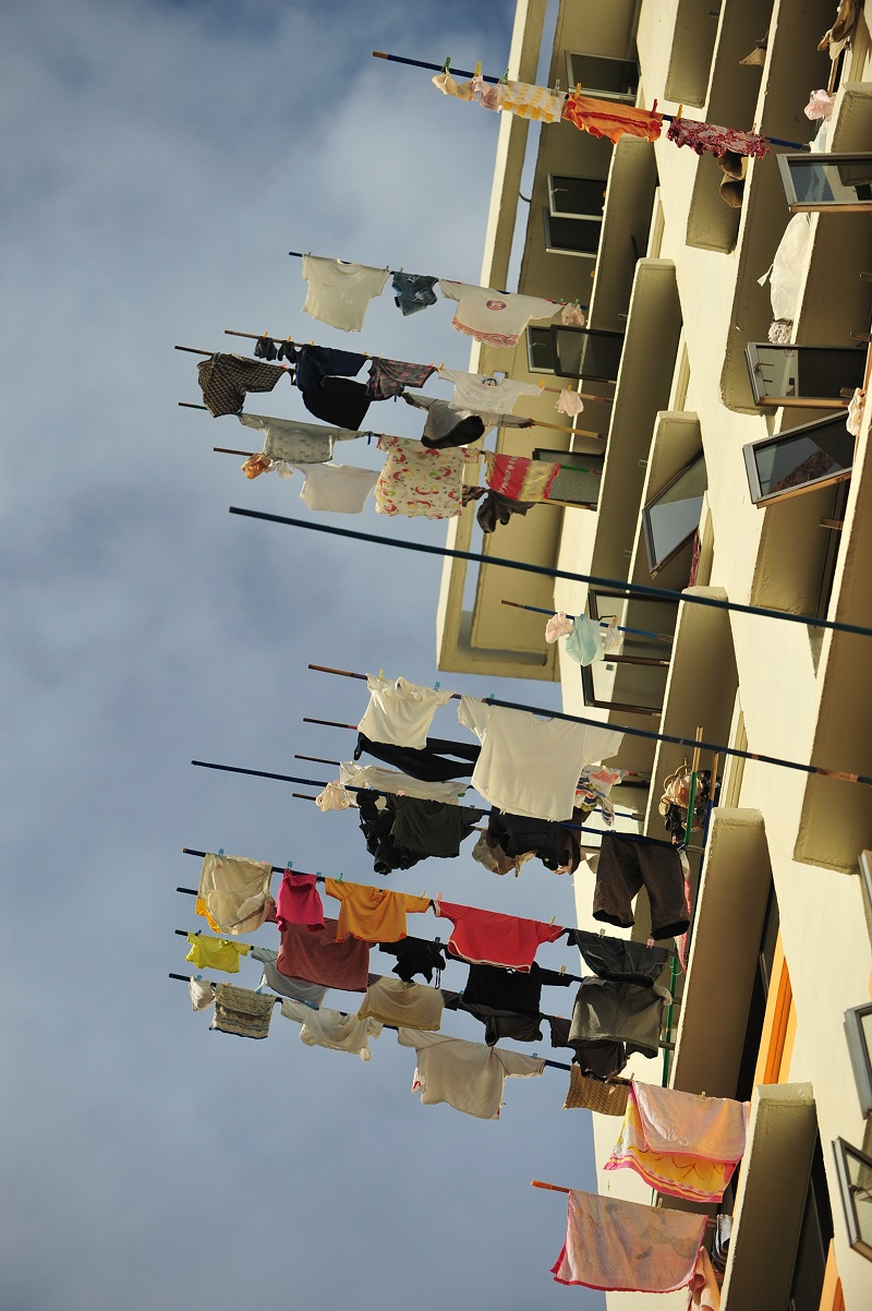 Drying clothes in Singapore flats.jpg