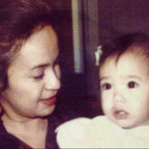 nooryana and mum.JPG