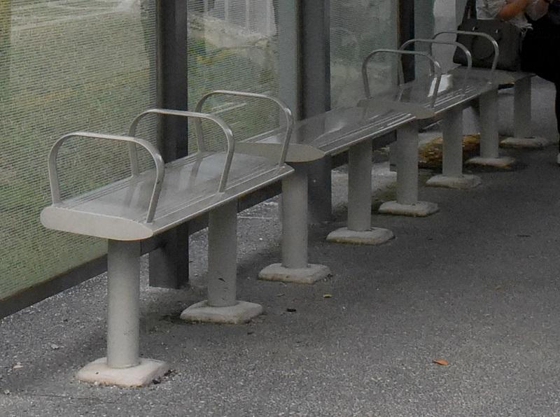 bus bench.jpg