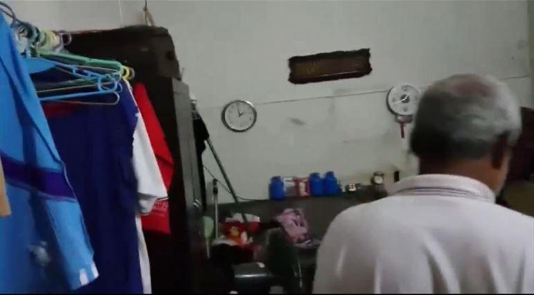 马来清洁工蜗居锦茂垃圾收集站新加坡议员迪舒沙协助安排租赁组屋