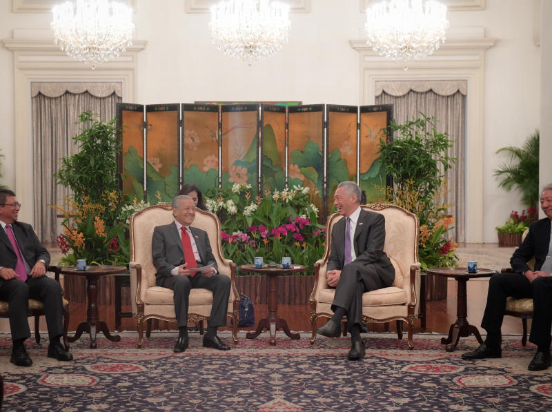 20181112 Mahathir and PM meets.jpg