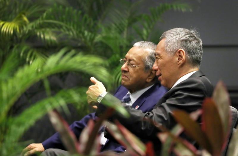 Mahathir and LHL zb.jpg