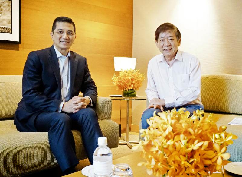 Azmin and Khaw Boon Wan (KBW Facebook).jpg