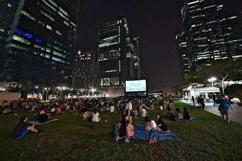 Popcorn Pop-up Cinema (Eco Lawn)