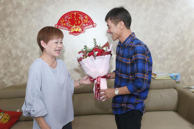 130219 wanglei wife and husband.png