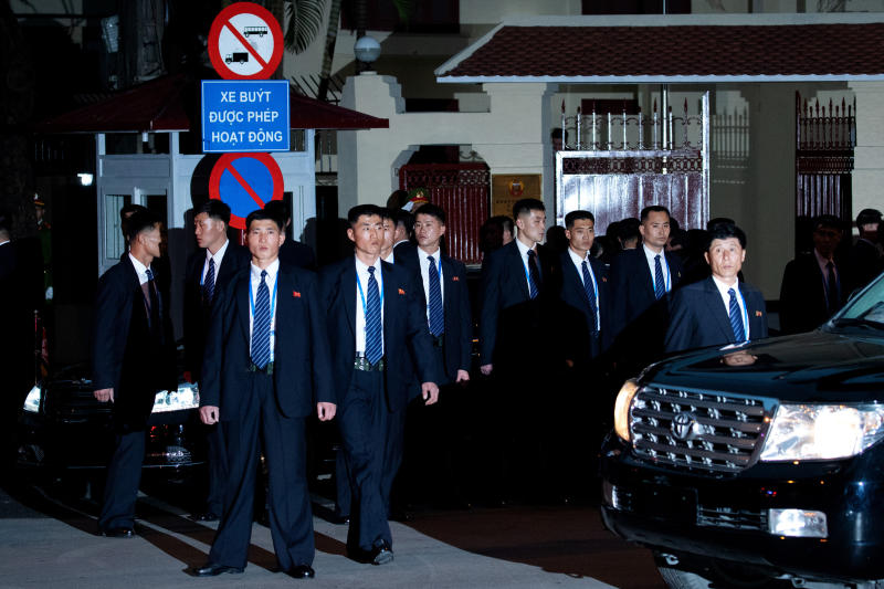 20190226 bodyguard outside embassy reuters.jpg