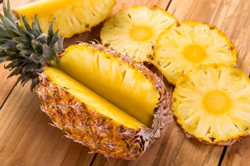 20190227-pineapples.jpg