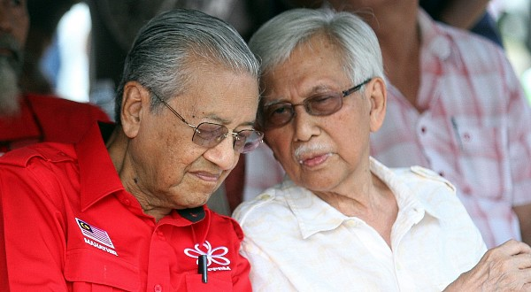 20190326 mahathir and daim internet.JPG