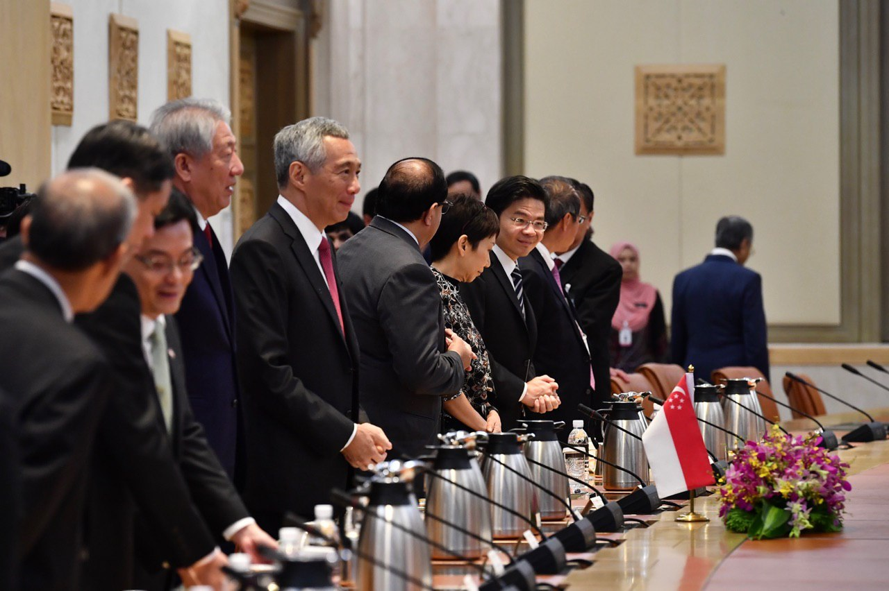 Prime Minister Lee Hsien Loong and the Singapore delegation ST.jpg