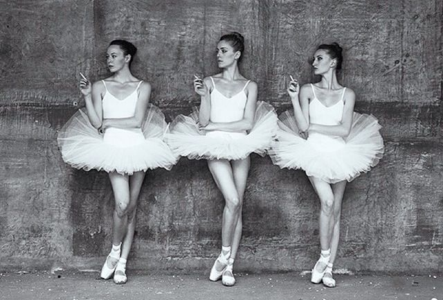 smoking-ballerinas.jpg