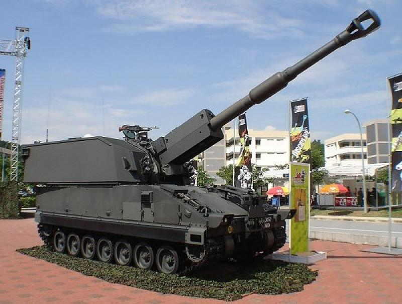 20190506  Singapore Self-Propelled Howitzer.jpg