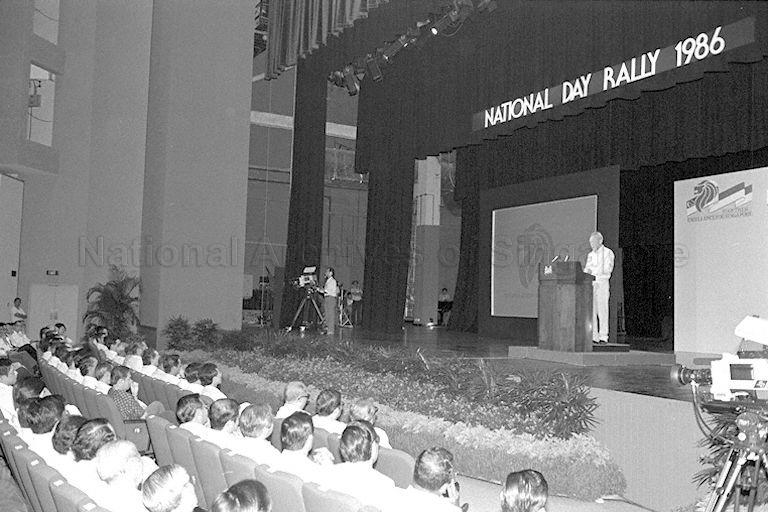 Prime Minister Lee Kuan Yew delivers the National Day Rally at Kallang Theatre on 26 August 1986. Image Source- Ministry of Information and the Arts..jpg