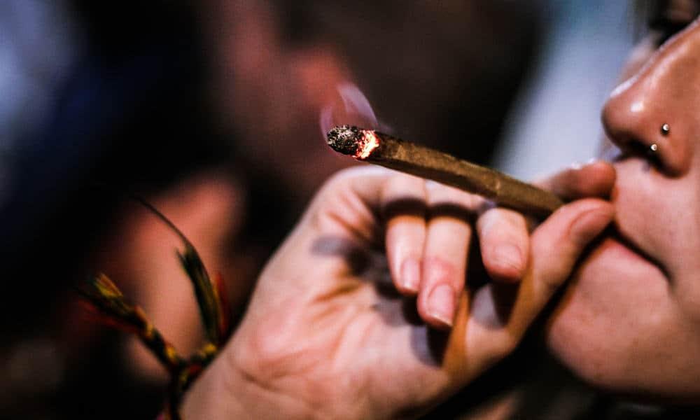 can-you-smoke-weed-while-taking-antibiotics-heroo.jpg