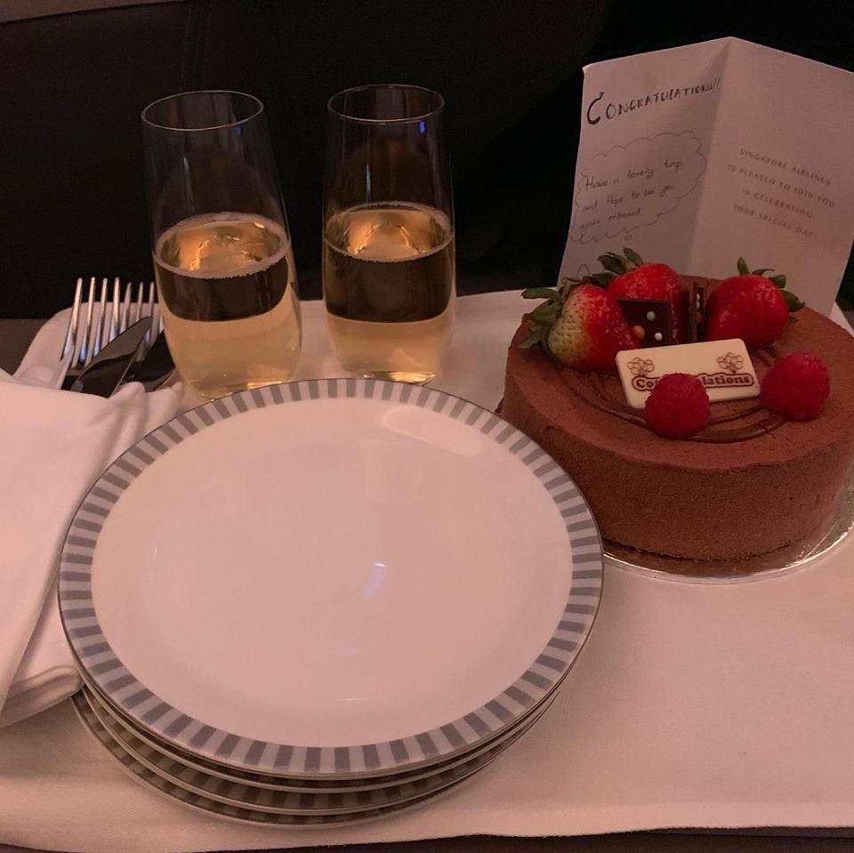 SQ cake card champagne.jpg