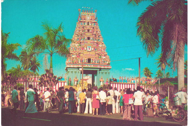 the-sri-srinivasa-perumal-temple-at-serangoon-road.jpg