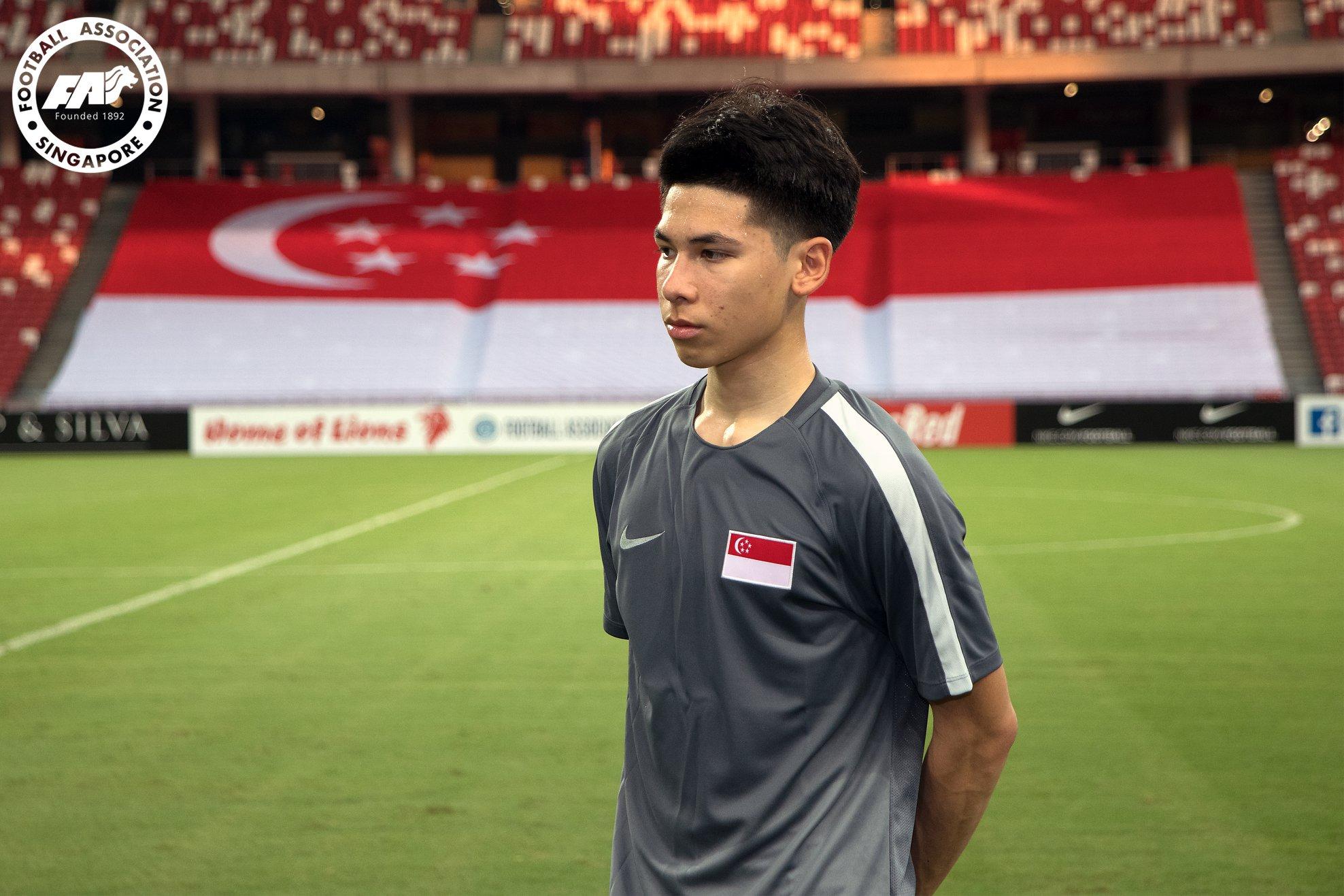 Singapore-midfielder-Benjamin-Davis.jpg