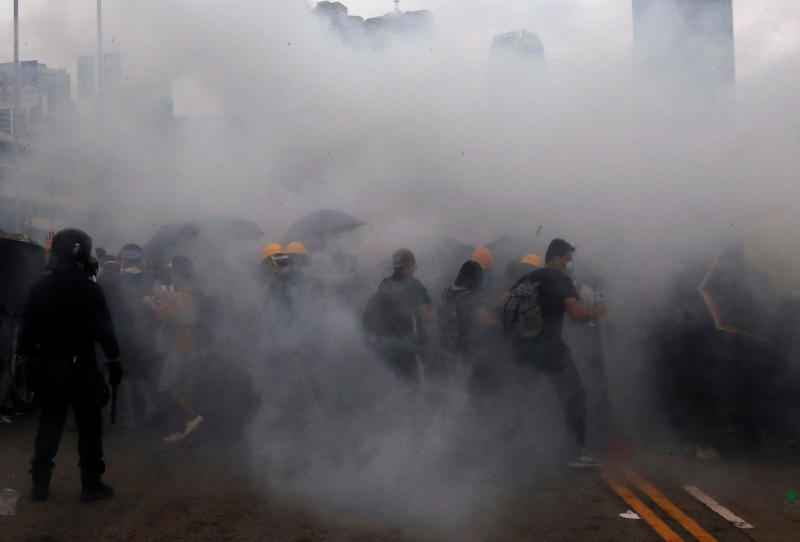 20190712 hk protest smoke reuters.jpg
