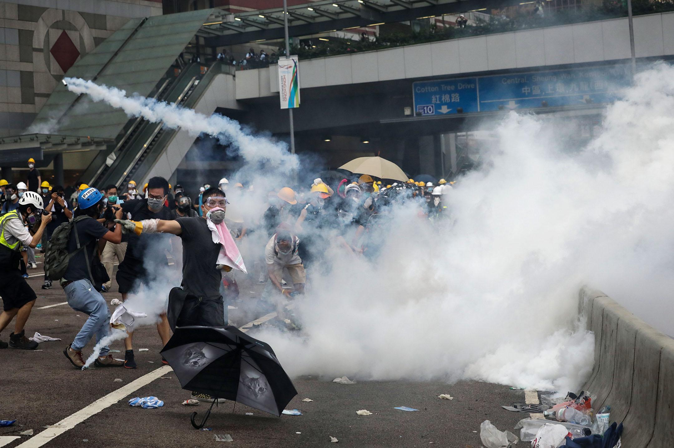 20190725 tear gas.jpg
