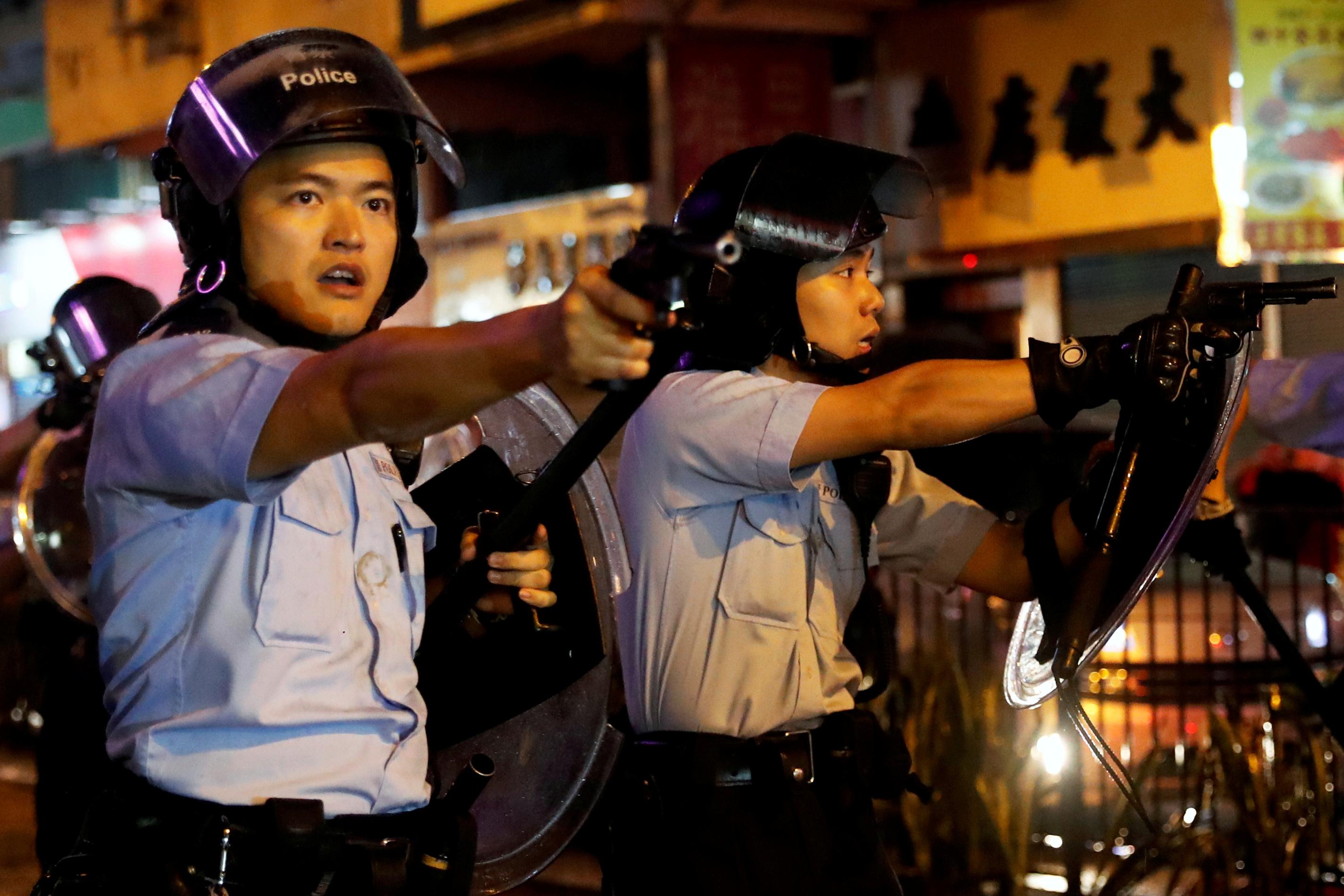 2019-08-25T000000Z_1168234091_RC1264D5F170_RTRMADP_3_HONGKONG-PROTESTS.JPG