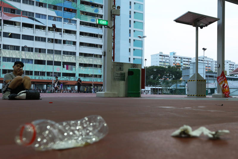 2019-09-04 hdb and trash.jpg