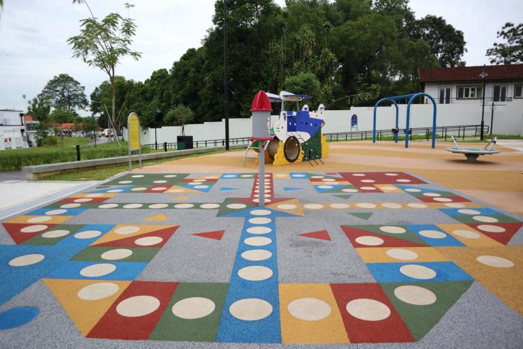 20190920-playground chess.png