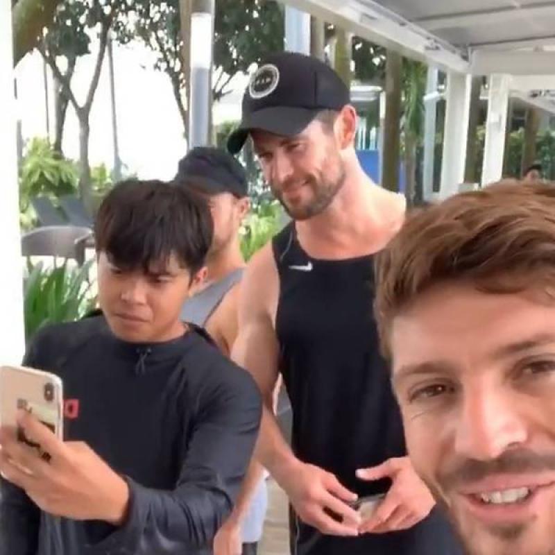20190919-chris-hemsworth-in-singapore.jpg