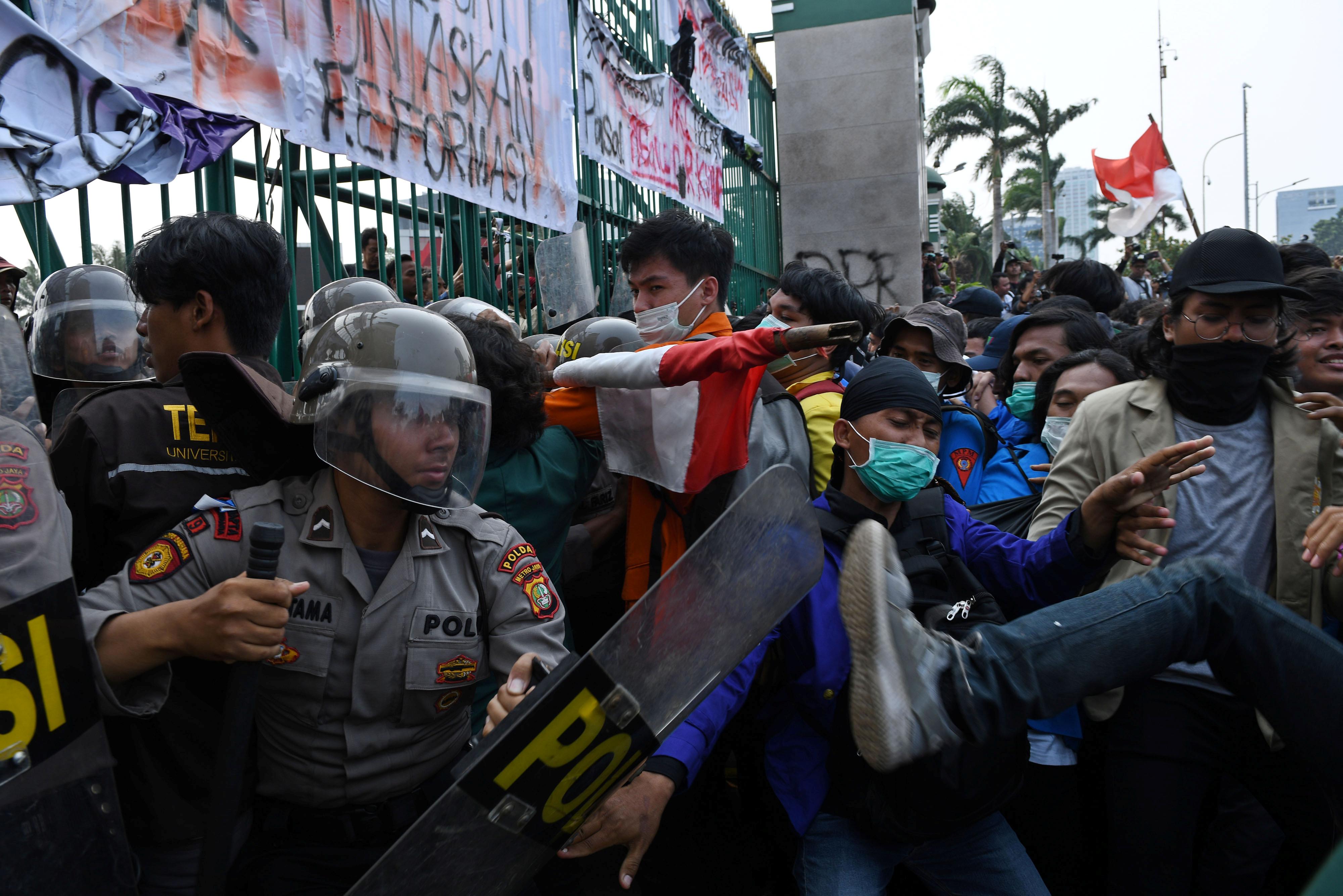 20190925 indo protest.JPG