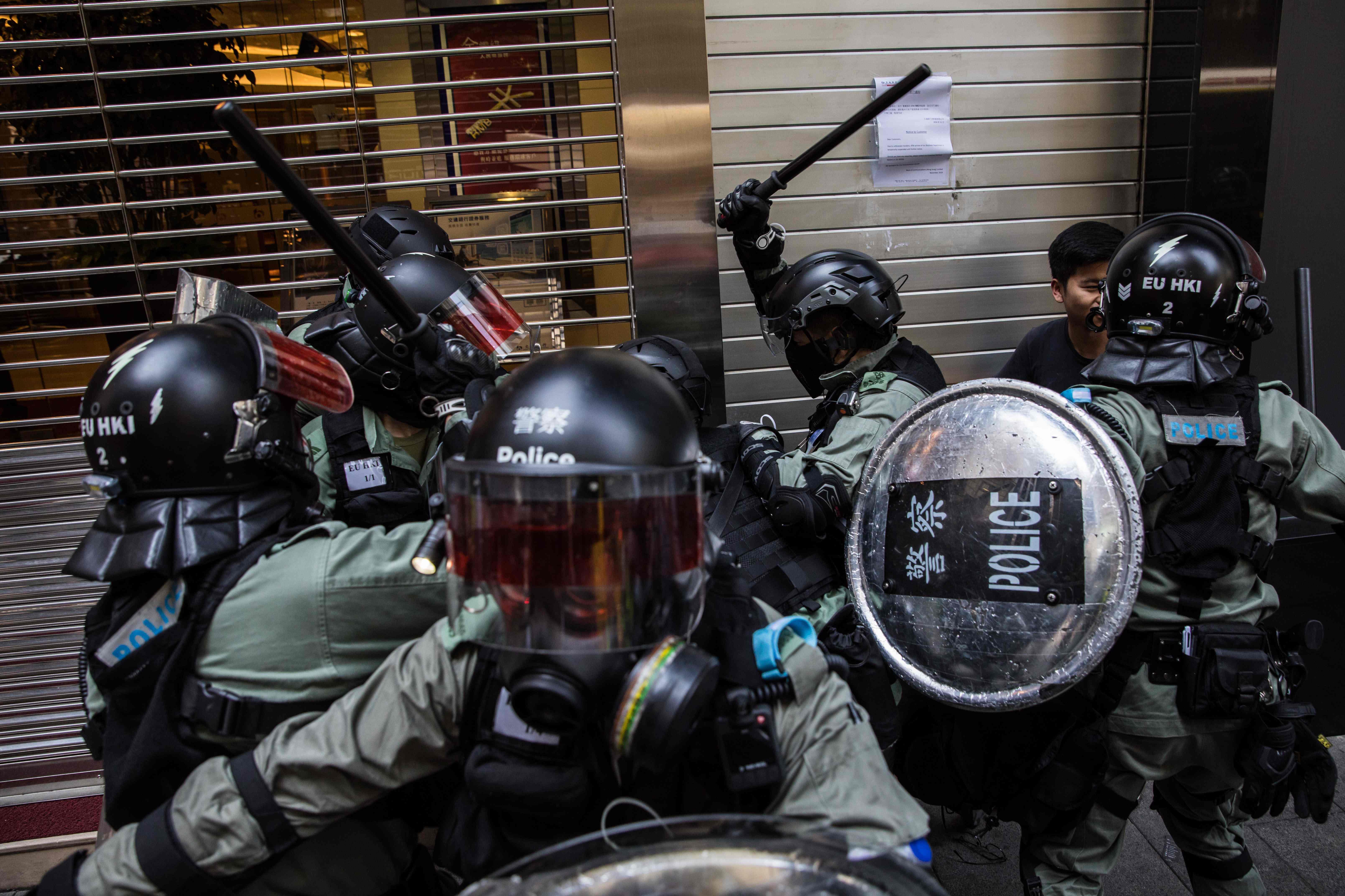 20191112 police 2.jpg