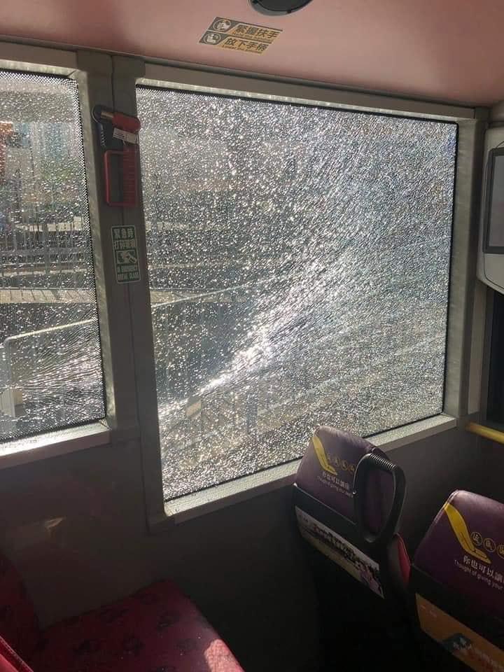 20191115 bus crash 2.jpg