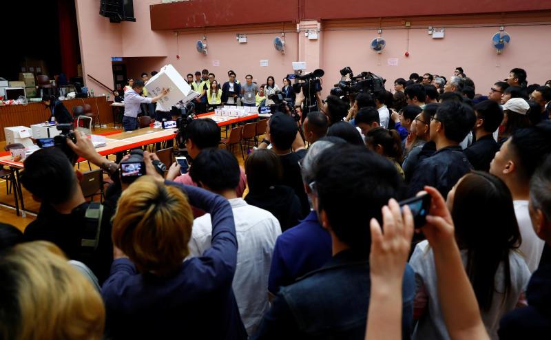 香港乱局未了。
