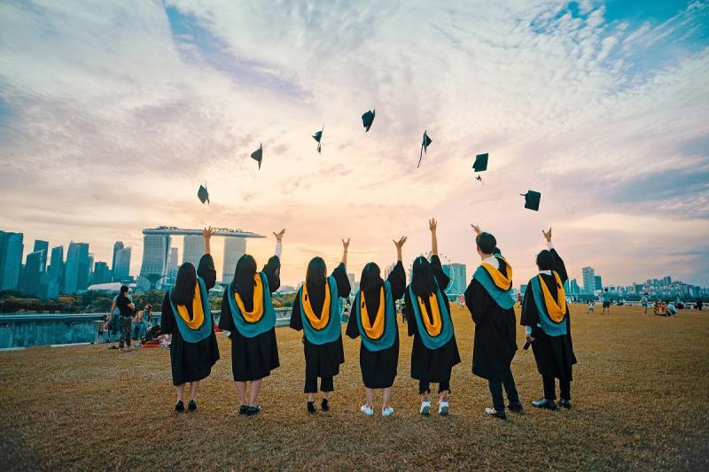 20191127-singapore grads.jpg
