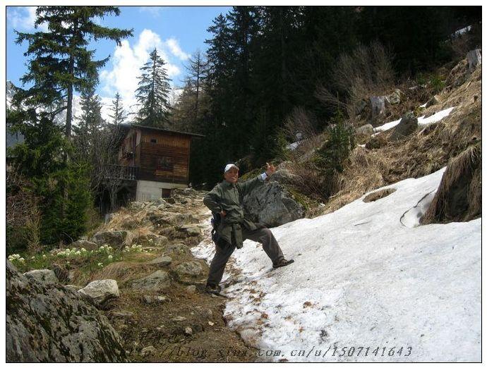 阿尔卑斯山徒步 欧洲.jpg