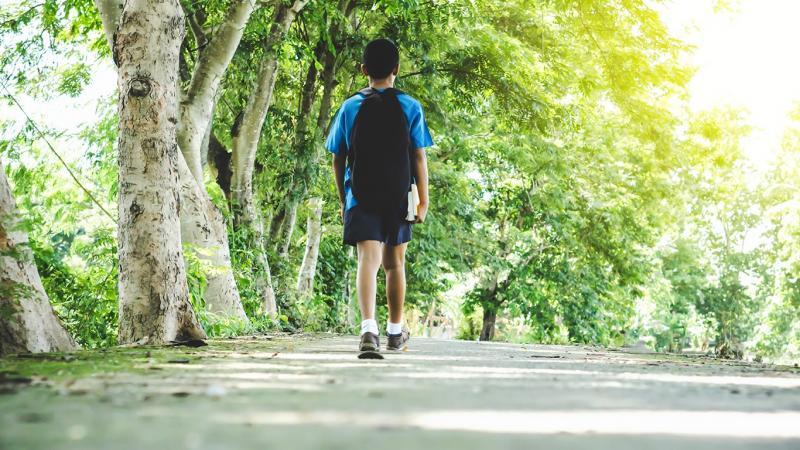 20200117-walking to school.jpg