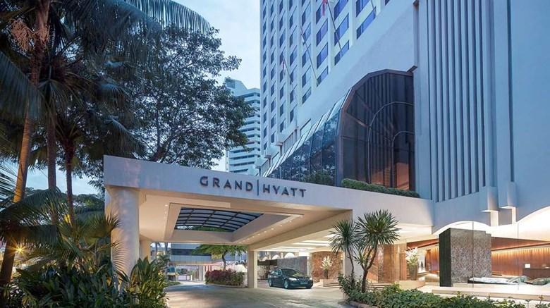 稳住新加坡。