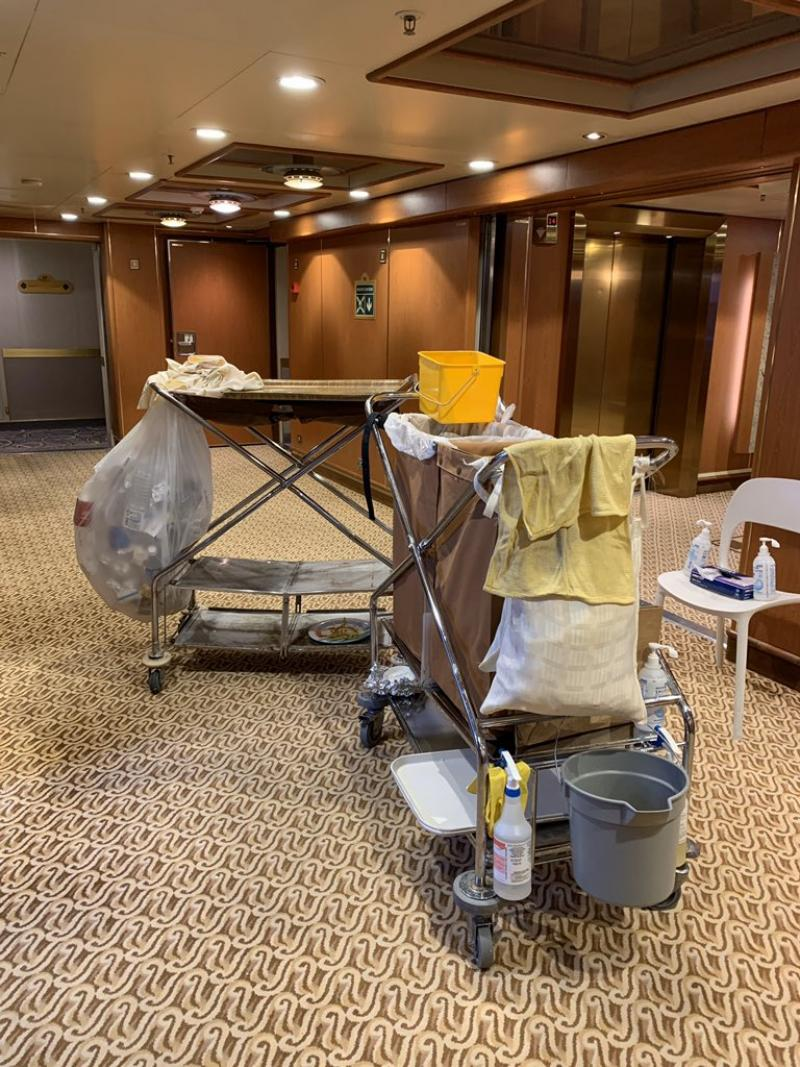 20200211-crew cleaning.jpg
