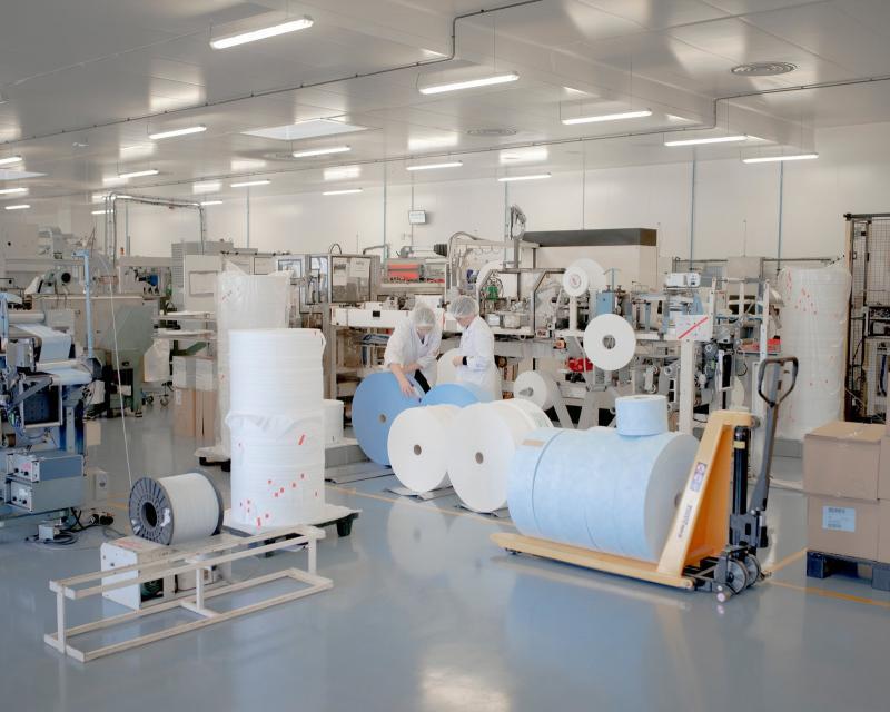 20200211-mask factory.jpg