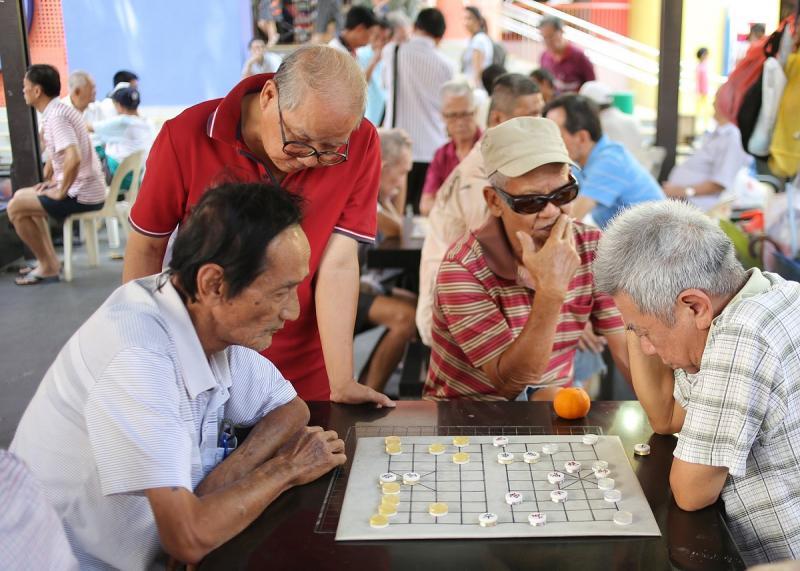 20200312-elderly crowd.jpg