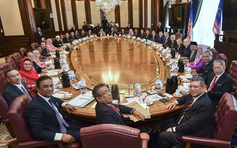 20200403 cabinet.jpg