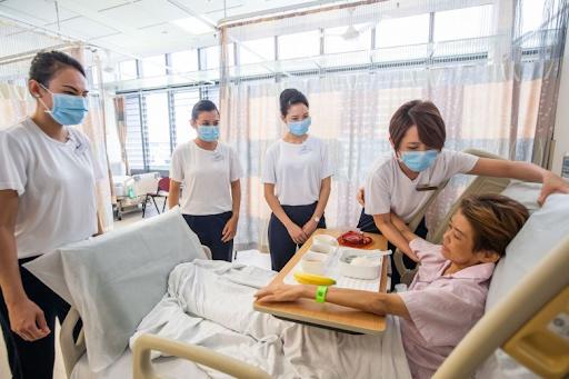 20200409-hospital1.png