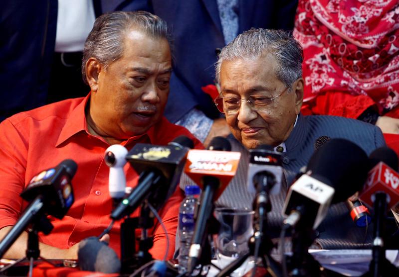 20200515-Muhyiddin and Mahathir02.jpg