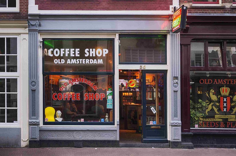 20200525-Amsterdam coffee shop.jpg