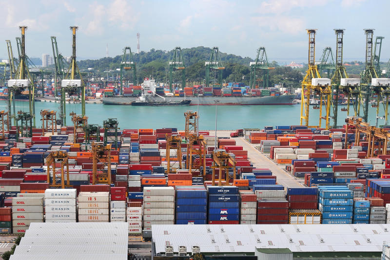 20200609-container port.jpg