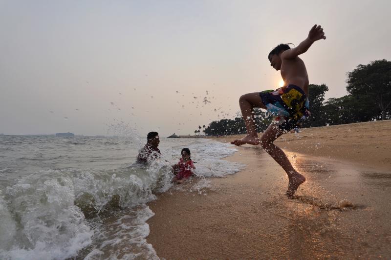 20200622-fam beach.jpg